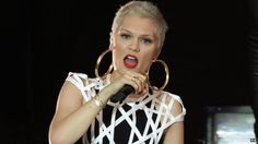 Jessie J love her hair in this pic.