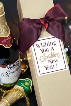 So you're ready to have a fun party but need some New Year's Eve Party Ideas to make it the best bash around? Grab these 25 fun, family-friendly ideas for your New Year's Party and make it the best night of the year! Homemade Gifts, Diy Gifts, Best Gifts, Party Invitations, Party Favors, New Year's Eve Crafts, Neighbor Gifts, New Year Celebration, New Year Gifts