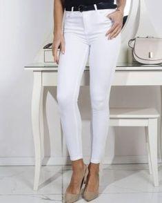 Dámske nohavice - Oblečiemsa.sk White Jeans, Capri Pants, Fashion, Moda, Capri Trousers, Fashion Styles, Fashion Illustrations
