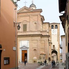 Visiting Novello, one of the Barolo Villages in Italy