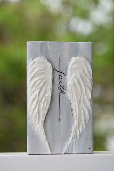 Wood Angel Wings, Angel Wings Painting, Angel Wings Wall Art, White Angel Wings, Wooden Angel, Christmas Wooden Signs, Christmas Ornaments, Wooden Door Signs, Angel Crafts
