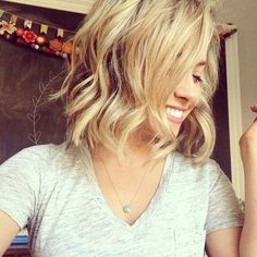 How to make beach waves on short hair- love this!