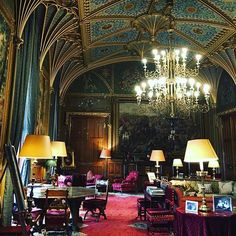Perfect winter wedding venue - imagine your guests enjoying Champagne and mulled wine next to the roaring fire under the chandelier!!  #weddingideas #wedding #weddingplanning #gothic #castle #winterwedding #history #chandelier #weddingvenue #eastnorcastle #cotswolds #venue #events #eventprofs #england #photooftheday #iphoneonly #londoners #archtecture #dream #beautiful #inspiration #wedmin #weddinginspo #vintage #rustic #fairytale #instawedding #bridetobe #weddingphoto