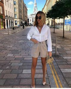 35 Trendy Casual Outfits Ideas For Girls In 2020 Spring – Outfits Business Casual Outfits, Casual Winter Outfits, Stylish Outfits, Classy Shorts Outfits, Classy Style Outfits, Casual Brunch Outfit, Classy Outfits For Teens, Elegant Summer Outfits, Cute Spring Outfits