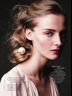 awesome Harper\'s Bazaar UK | Editorial Beleza Junho 2013 | Amanda Norgaard e Magdalena Langrova