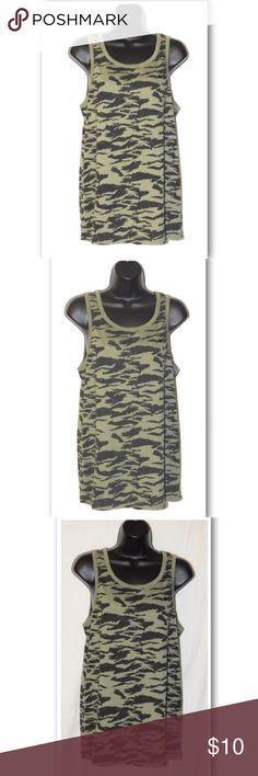 f2095a24956af Oakley Women s Green Camouflage Tank Top Oakley Women s Green Camouflage  Tank Top Green Black camo