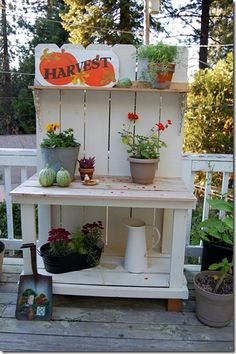 Great as a gardening station. I could use this one day :)