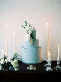 Styled Shoot | Organic Elegance at Il Mercato, Planning + Design | Elyse Jennings Weddings, Photography | Greer Gattuso Photography, Venue | Il Mercato, Florals | Bella Blooms, Candle Decor | Luminous Events, New Orleans wedding, styled shoot, wedding cake, baby blue cake, white flowers