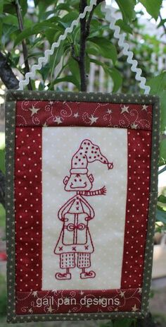 Elf A mix of embroidery and a bit of sewing, this cute image and easy instructions for the whole project are free downloads. Enjoy!