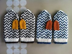 Ravelry: fun9's zig-zag mittens No pattern but easy enough to recreate.