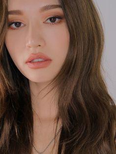 Korean Makeup Look, Glam Makeup Look, Beauty Makeup, Hear Style, Adriana Lima Lingerie, Jasmine Oil, Orange Makeup, Korean Makeup Tutorials, Makeup Looks Tutorial