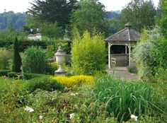 Fabulous Gardens for all your Family Photo's
