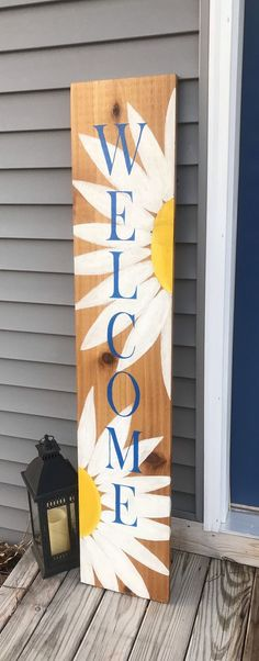 Welcome sign, Front porch welcome sign, Daisy Welcome sign Front porch welcome sign Daisy Wooden Welcome Signs, Porch Welcome Sign, Diy Wood Signs, Crafts To Sell, Home Crafts, Diy Crafts, Do It Yourself Decoration, Front Porch Signs, Front Porches