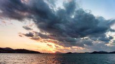 14 Oct. 17:43 博多湾日の入りです。  #sunset  at Hakata bay in Japan