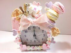 Want this clock so bad Kawaii Crafts, Kawaii Diy, Kawaii Room, Crafts To Make, Arts And Crafts, Diy Crafts, Biscuit, Diy Clock, Decoden