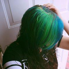 Green and blue hair #aquahair #greenhair #bluehair #haircolor #hairstyle