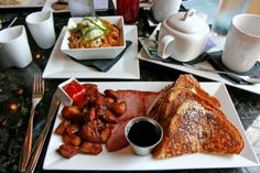 Bourbon French Toast at Bleu Restaurant and Wine Bar in downtown Columbia! Photo by Patrice Raplee, All Rights Reserved.