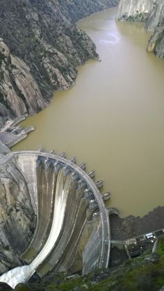 Different Types Of Engineering Dam - Engineering Discoveries Water Dam, Hydroelectric Power, Bridge Construction, Japan Architecture, Arch Bridge, Hoover Dam, House Front Design, Civil Engineering, Wonders Of The World