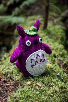 Alkuperäinen ohje: Grey Totoro amigurumi pattern by Lucy Collin    Lisää kuvia valmiista Totorosta löydät täältä:   Virkattu Totoro ...