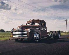 Heavy Chevy rat hauler