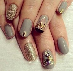präsentiert von www.my-hair-and-me.de #women #nails #gold #muster