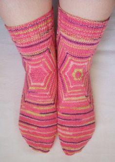 Boxcar socks - cool pattern