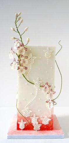 Modern Wedding Cake - Cake by Enrique