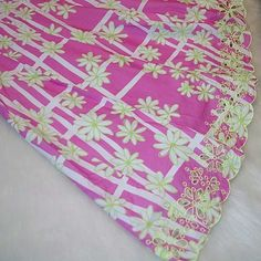 Lilly Pulitzer flared skirt! Pink and green daisy pattern flared skirt! Gorgeous eyelet detailed bottom with back zipper! Like New! Lilly Pulitzer Skirts A-Line or Full