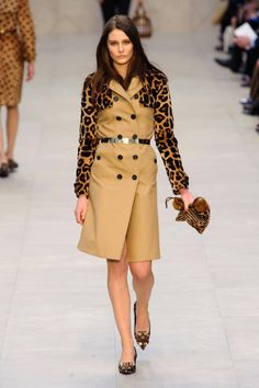 It's all about the sleeves at Burberry Fall 2013 runway #fashionweek