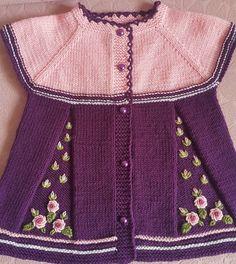 Yine zevkle örüp işlediğim bir çalışmam Baby Girl Dresses, Baby Dress, Cardigan Bebe, Baby Barn, Baby Knitting Patterns, Crochet For Kids, Kids And Parenting, Baby Kids, Sewing