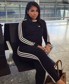 adidas Originals Debuts the 'Tubular Shadow Knit' in Three Colorways - EU Kicks Sneaker Magazine Fashion Killa, Girl Fashion, Fashion Outfits, Womens Fashion, Fashion Trends, Dress Outfits, Fall Outfits, Casual Outfits, Adidas Shoes Outfit