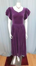 Laura Ashley Great Britain Victorian Edwardian Plum cotton velvet dress S-M