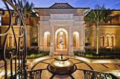 mediterranean old world decor - Yahoo Image Search Results Unique House Plans, Dream House Plans, My Dream Home, Dream Homes, Mediterranean House Plans, Mediterranean Architecture, Huge Houses, Design Your Own Home, World Decor