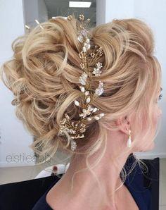 Elstile Long Wedding Hairstyle Ideas 6 / http://www.deerpearlflowers.com/26-perfect-wedding-hairstyles-with-glam/2/