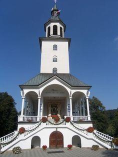 Zawada - Sanktuarium Matki Boskiej Zawadzkiej. Atrakcje turystyczne Zawada. Ciekawe miejsca Zawada