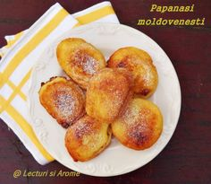 Papanasi moldovenesti - Lecturi si Arome Jacque Pepin, Pretzel Bites, French Toast, Sweet Tooth, Cooking Recipes, Yummy Food, Sweets, Bread, Cookies