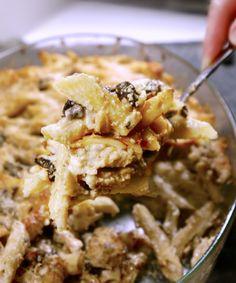 πένες με κοτόπουλο και μανιτάρια Cooking Tips, Cooking Recipes, Savoury Dishes, Cookbook Recipes, Herbal Remedies, Food For Thought, Macaroni And Cheese, Herbalism, Spaghetti