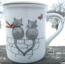 Cats Happy Together Red White Gray Ceramic Coffee Mug Cover Lid Japan Vintage