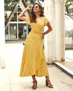 Ethnic Fashion, Boho Fashion, Fashion Dresses, Trendy Fashion, Maxi Wrap Dress, Floral Maxi Dress, Wrap Dress Outfit, Casual Dresses, Summer Dresses