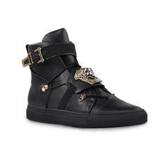 Black blaze. Discover more #Versace Men's Pre-Fall 2015 sneakers on versace.com #VersacePalazzo #VersaceSneakers