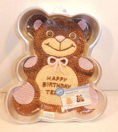 Huggable Teddy Bear Cake Tin 2002 Wilton Character Pan #2105-4943 Aluminum…