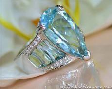 Aquamarine diamond ring, white gold 585