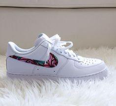 HANDPAINTED AIR FORCE ONE (Low-Cut) – LANOFORPUBLIC - I want these SOO BAD 9c17ef7d3b