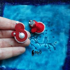 Clip on earrings - soutache, red and pearl, clip soutache, Satin Color, Red Satin, Diy Jewelry, Handmade Jewelry, Hand Chain, Imitation Jewelry, Soutache Jewelry, Clips, Shibori