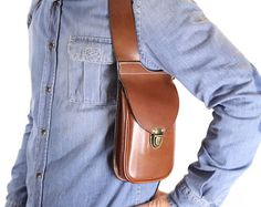 Leather holster bag DELUXE Leather shoulder by OakCreationCuir Leather Skin, Tan Leather, Sacoche Holster, Mens Carry On Bag, Men Accesories, Leather Holster, Leather Bags Handmade, Leather Projects, Leather Working