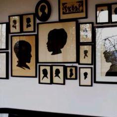 http://cdn.decorpad.com/photos/2009/10/12/649eeeddeb6c.jpg