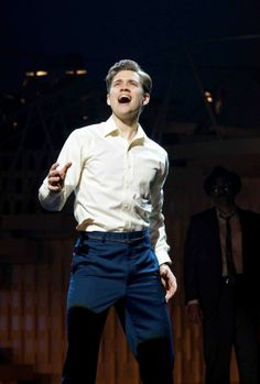 aaron tveit, catch me if you can
