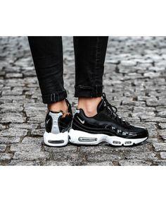 5e0e248377e Nike Air Max 95 SE Premium Womens Black Reflect Silver Trainers Cheap Sale Air  Max 95