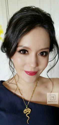 Super Asian Bridal Makeup Chinese Eye Hair Style Ideas Super asiatische Braut Make-up chinesis Asian Wedding Hair, Asian Wedding Makeup, Natural Wedding Makeup, Wedding Hair And Makeup, Hair Makeup, Hair Wedding, Makeup Pics, Eye Makeup, Wedding Dresses