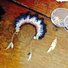 sautoir coiffe indienne en tissage brick stitch
